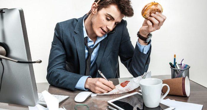Tetap Stay di Kantor Sambil Menjalankan Bisnis Sampingan? Gabung jadi Reseller Yuk