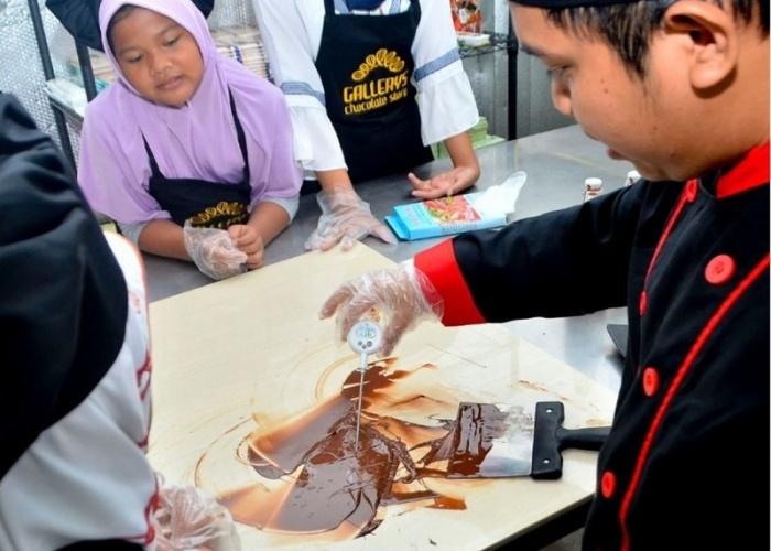 Wisata Membuat Coklat di Semarang Hanya di Gallerys Chocolate